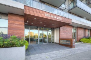 OnePark West Boutique Condos_enterance