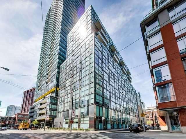 Glas Condominium ext4-min