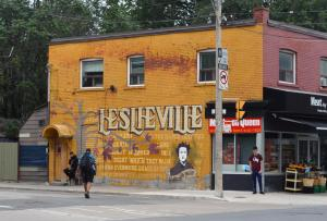 Leslieville's stores and restaurants
