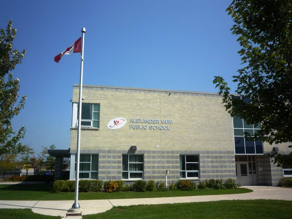 Alexander Muir Public School-min