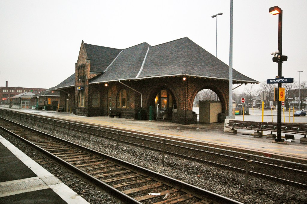 Brampton GO train station