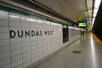 Dundas & Bloor-transportation