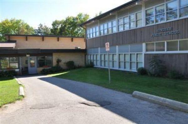 Kenollie Public School-min