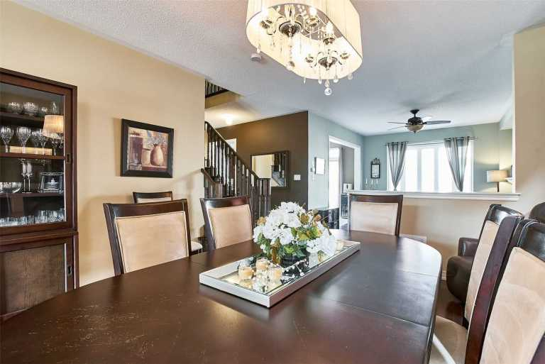 Main Street Stouffville by Greenpark Homes-01