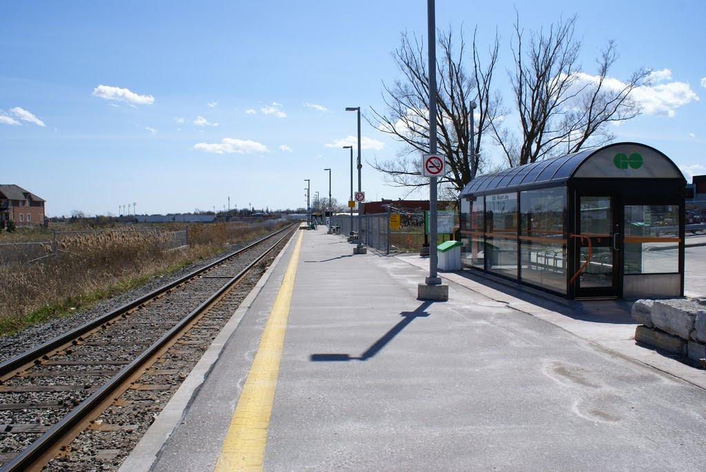 Mount Joy GO station-min