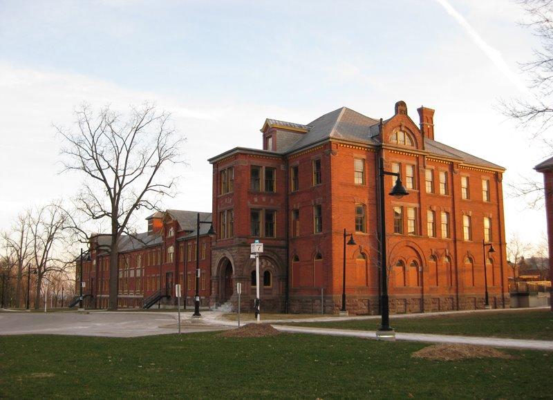 Humber College Lake Shore Campus-min