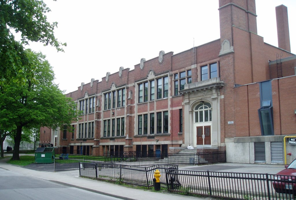Parkdale Collegiate Institute-min